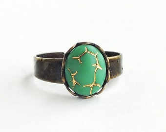 Small Green Gold Ring Crackle Glass Ring Vintage Green Glass Ring Antique Brass Adjustable Stacking Ring Gold Crackle Jewelry