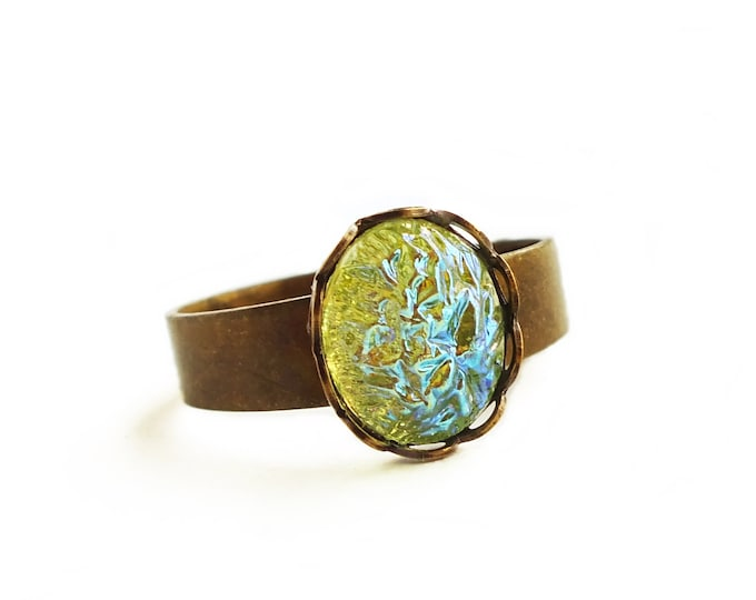 Iridescent Green Glass Ring Small Iridescent Green Ring Vintage Small Green Glass Druzy Ring