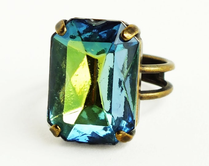 Teal Glass Ring Blue Green Vintage Crystal Jewelry Green Teal Jewel Bronze Ring Statement Cocktail Ring Blue Green Rhinestone