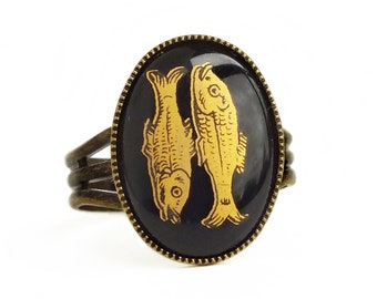 Black Gold Pisces Ring Vintage Glass Zodiac Jewelry Cameo Pisces Ring Zodiac Pisces Gift for Her