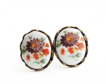 Victorian Flower Stud Earrings Vintage Floral Cameo Studs Hypoallergenic Earrings Victorian Cameo Floral Jewelry