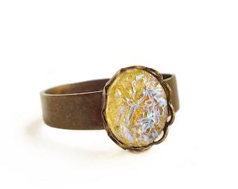 Iridescent Yellow Glass Ring Small Iridescent Yellow Crystal Ring Vintage Small Yellow Glass Druzy Ring