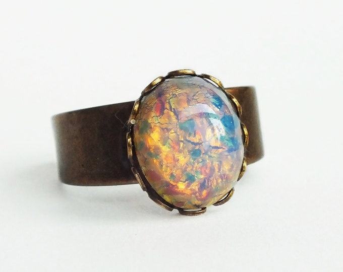 Glass Opal Ring Vintage Glass Harlequin Fire Opal Ring Pink Opal Ring Adjustable Ring Pink Glass Ring Opal Jewelry Iridescent Glass Ring