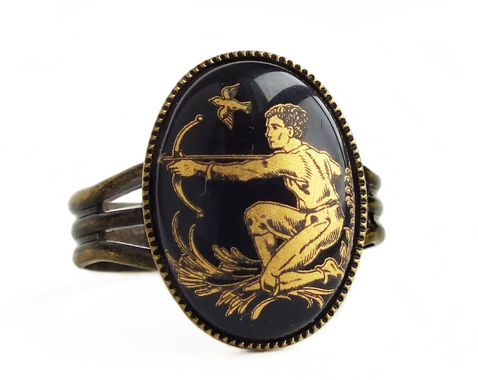 Black Gold Sagittarius Ring Vintage Glass Zodiac Jewelry Cameo Sagittarius Ring Zodiac Sagittarius Gift for Her