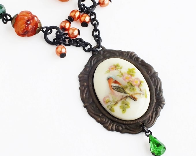 Victorian Bird Cameo Necklace Vintage Finch Bird Beaded Pendant Necklace Victorian Summer Bird Jewelry