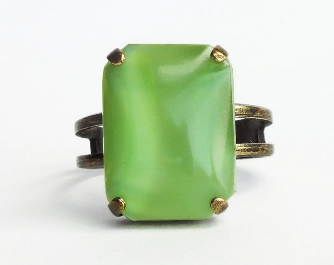 Light Green Glass Ring Vintage Glass Moonstone Jewelry Smooth Green Rhinestone Ring Green Jewelry