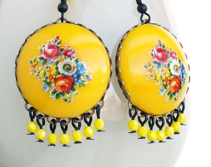 Yellow Flower Chandelier Earrings Large Chunky Vintage Floral Cameos Chandelier Statement Jewelry Retro Yellow Flower Earrings