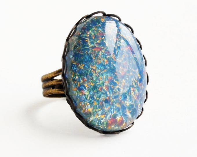 Glass Opal Ring Blue Opal Large Vintage Iridescent Glass Ring Harlequin Fire Opal Light Blue Ring Statement Ring Pastel