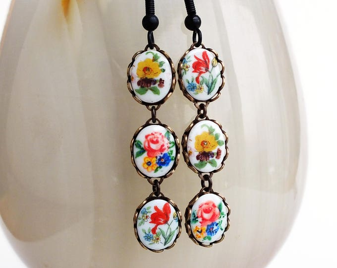 Floral Cameo Dangle Earrings Vintage Flower Cameo Dangles Flower Earrings Victorian Floral Jewelry