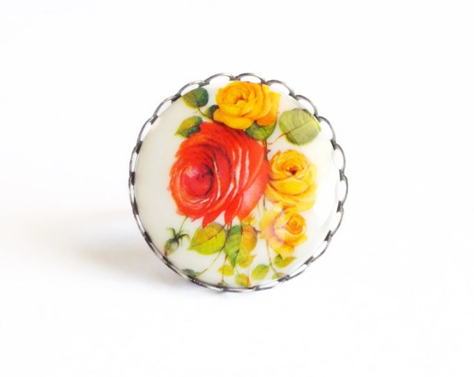 Floral Cameo Ring Large Chunky Flower Ring Orange Flower Ring Vintage Rose Ring Flower Cameo Rose Jewelry Victorian Statement Jewelry