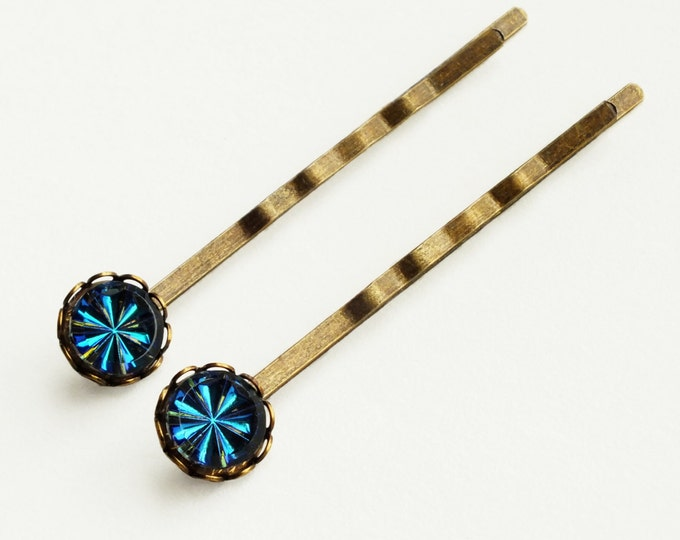 Blue Crystal Hair Pins Small Blue Green Glass Bobby Pins Vintage Iridescent Bermuda Blue Hairpins Vitrail Medium Hair Jewelry
