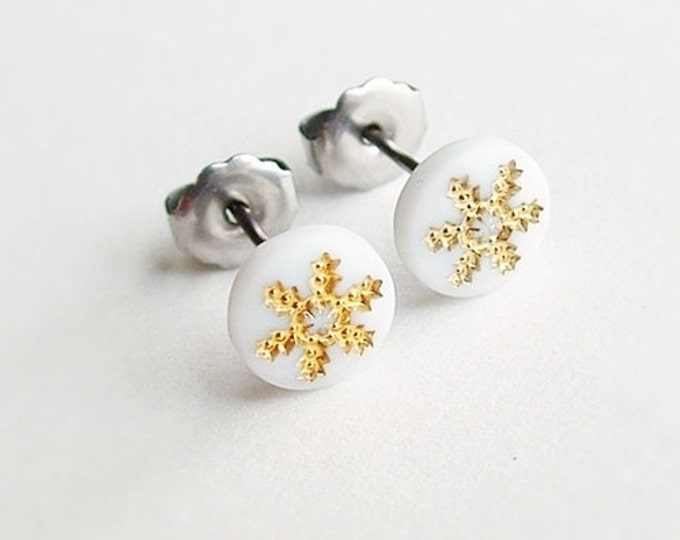 Snowflake Studs Small Vintage Glass Snow Flake Earrings Tiny Snowflake Post Earrings Hypoallergenic Studs
