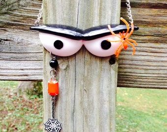 The Eyes Have It Halloween Necklace … Complete with a Spider!  and free domestic shipping!