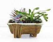 Mid Century Cookson Pottery Planter / Vintage Geometric Avocado Green Ceramic Planter / Mid Century Planter