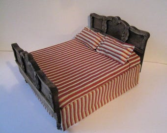 Dollhouse Country  Bed,SALE Double bed,  country style,red and white spread, country look, , dollhouse miniature, twelfth scale,