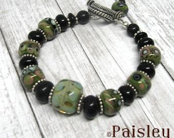 Desert Sage lampwork bead bracelet, Paisley Lizard boho art jewelry