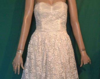 Vintage 50s Strapless Wedding Dress Creamy White B36 Tulle & Lace Side Zip A+