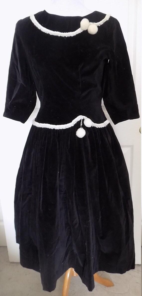Vintage 40s 50s Black Velvet Full Skirt Dress Whit