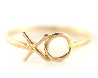 Hugs and Kisses Ring, XO Ring, Friendship Ring, Love Ring, Minimalist Jewelry, Valentines Day, Dainty Ring SYMBOL RDXO