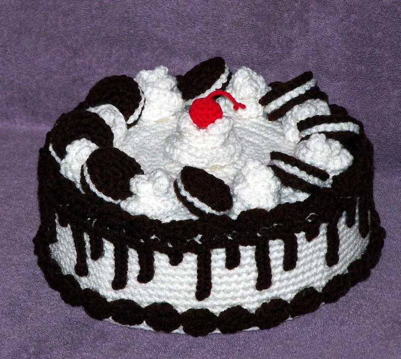 Cookies N Cream Treasure Cake PDF Crochet Pattern