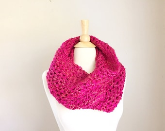 Pink crochet chunky scarf, crochet scarf handmade, Mother's Day gift for stepmother