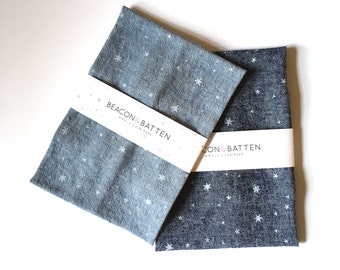 Scattered Stars Towel : Chambray/White
