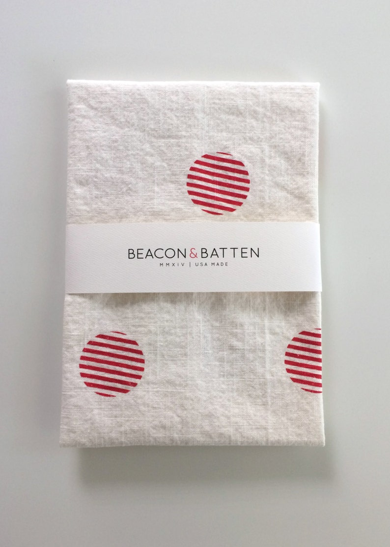 Stripe Circle Towel : White Ground  Red Print image 0