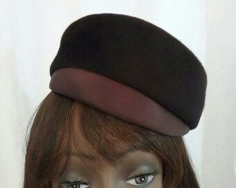 2f513dc12a4a5 Vintage Mod Hat Brown Wool Satin Brim f654