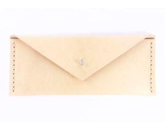 Leather Envelope Skinny - Bone