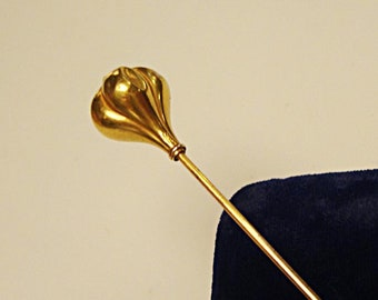 Victorian Gold Hat-Pin: tested 14kt, cloche length, as is