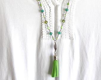 Collier vert et turquoise, collier pompon, vert collier pompon, collier vert et turquoise, collier Long gland, style vintage moderne