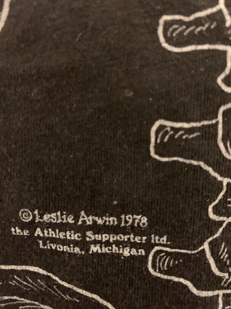 Vintage 70s Leslie Arwin double sided skeleton anatomy medical bones single stitch sneakers tee