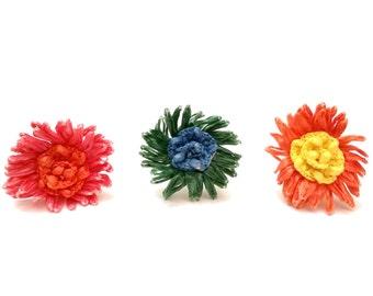 Vintage Flower Ring, Raffia & Eloxal Aluminum Ring, Groovy Flower Jewelry, Mod Ring, Vintage Statement Jewelry, Vintage Floral Ring Jewelry
