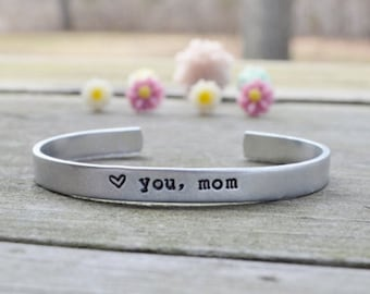 Mother's Day Bracelet - Love You, Mom Bracelet  - Mother's Day Gift - Grandmother - For Her - Personalized - Heart - Love - Mother