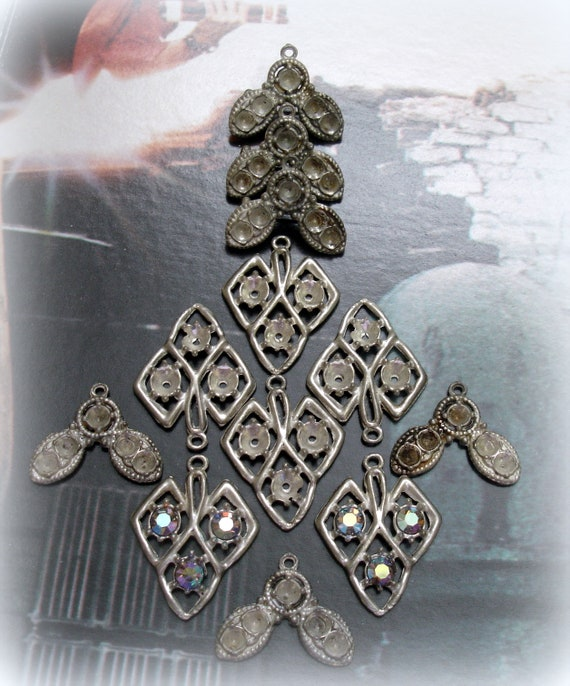 12 LOT Squared Antiqued Silvertone Cross Findings W//Design Add A Stone