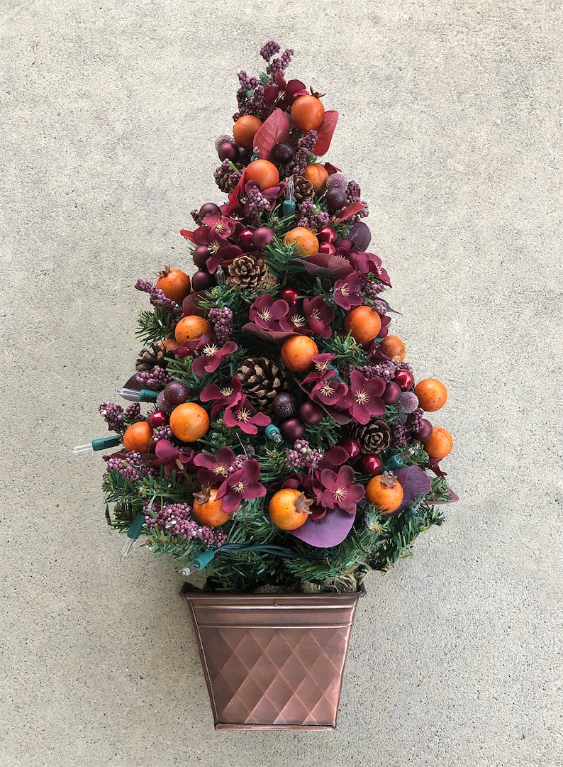 Christmas Tree Decorated for the Holidays  Flowers Tree w/ metal base