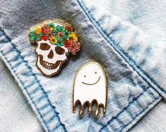 halloween pin set, ghost and skull enamel pins, autumn brooch, best friend pins, fall accessory, autumn birthday gift, hard enamel pins