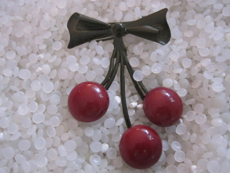 rock-a-billy hairstyles vintage hair barrette vintage cherries red with green bow and stems