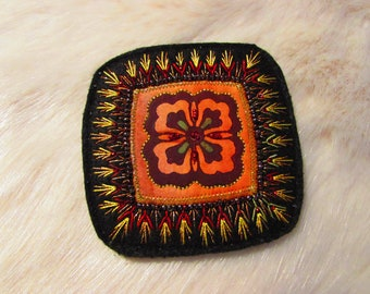 Textile Brooch - Hand Embroidered (Ap18-02)