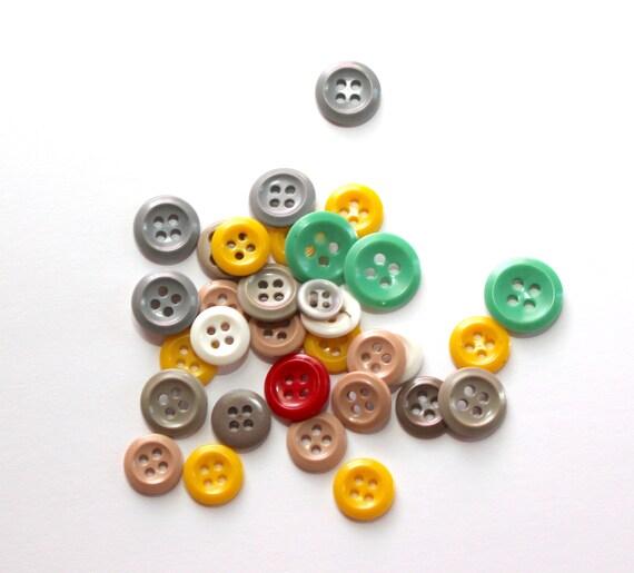 100 Pearly  Pretty Lilac Doll Buttons ~11mm BUTTON BONANZA