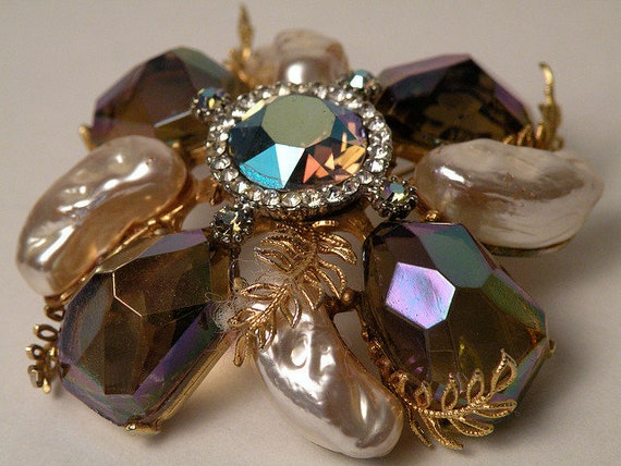 Brooch and Earring Set from HAR Jewelry Vintage 19