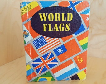 Childrens Book of World Flags Vintage 1942