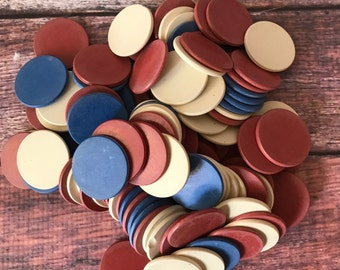 Lot of 106 clay vintage poker chips.