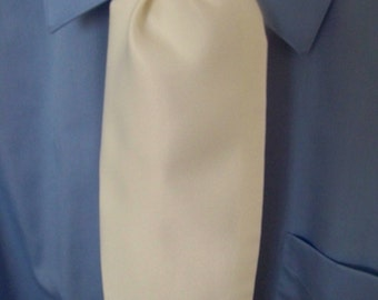 """Ascot or Carvat Ivory Matte Satin fabric 4"""" x 56"""" Mens Historial Bow Tie or Wedding, cravat tie"""