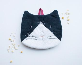 Tuxedo Bicolour Cat - Cotton Linen Trivet cum Pot Holder Hand-embroidery