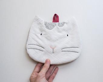 White Cat - Cotton Linen Trivet cum Pot Holder Hand-embroidery