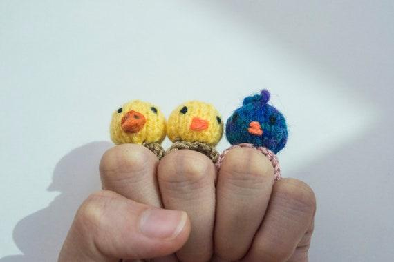 Starting with a magic ring in amigurumi | hookabee | 380x570