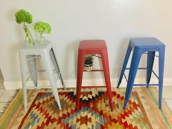 Prime Vintage Painted Industrial Bar Stool Counter Stools Set Of 3 Spiritservingveterans Wood Chair Design Ideas Spiritservingveteransorg