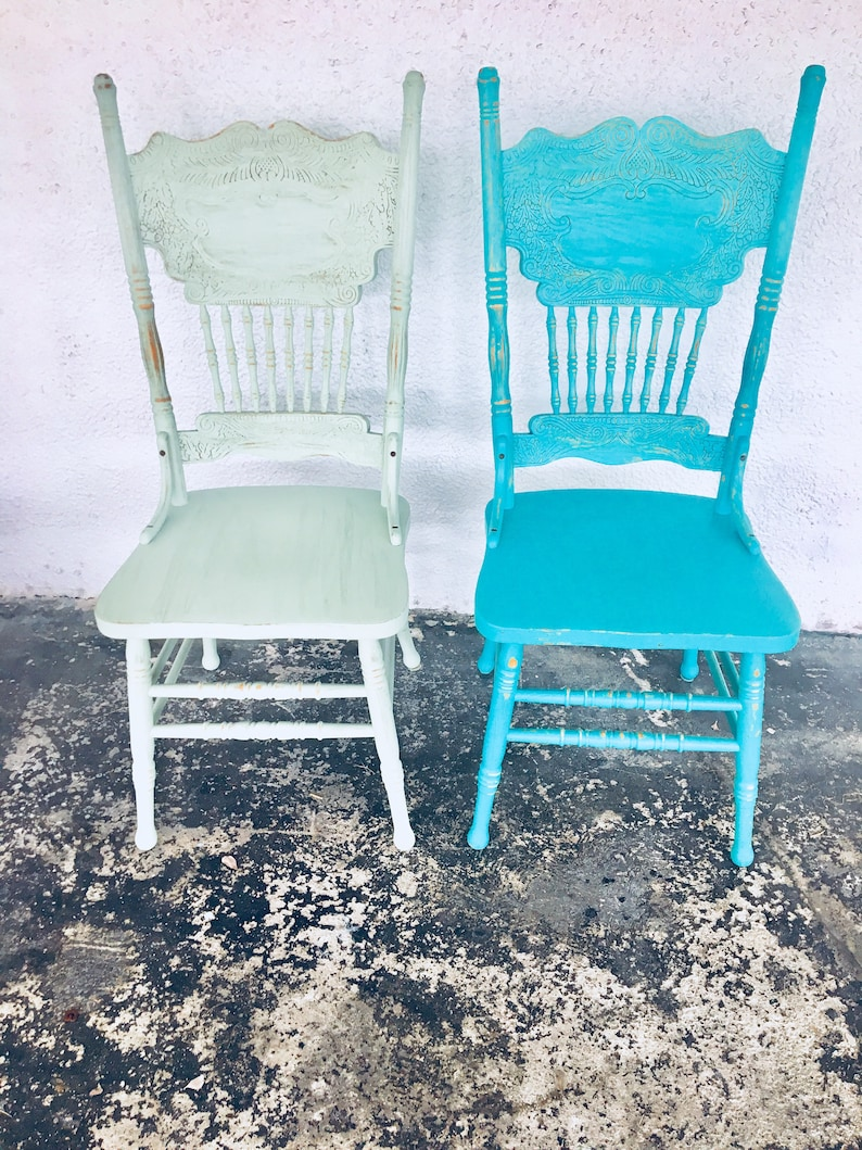 Outstanding Antique Chairs Painted Chairs Farmhouse Decor Download Free Architecture Designs Scobabritishbridgeorg