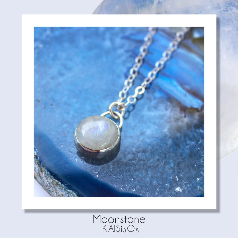 fbdb884c10d18d Moonstone Necklace//Rainbow Moonstone Pendant//Moonstone   Etsy